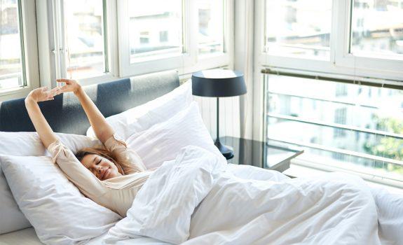 Zo vaak moet je je bed dus verschonen!
