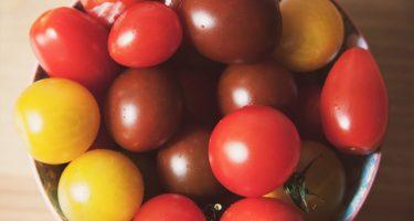 Waarom je tomaten nooit in de koelkast moet bewaren