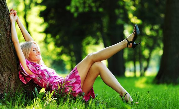 Deze styling tips helpen je het warme weer door